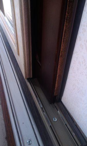 Двери массив на нижней направляющей Абакан