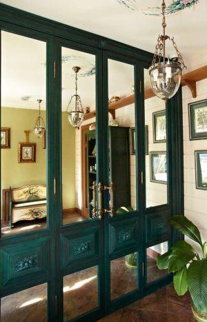 Распашные двери филенкой и декоративными накладками Абакан